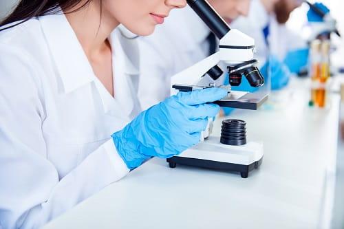 Những điều cân nhắc khi chọn một phòng thí nghiệm bệnh lý