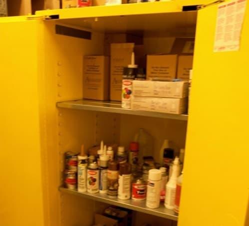 8 mẹo lưu trữ hóa chất trong tủ đựng hóa chất an tòan