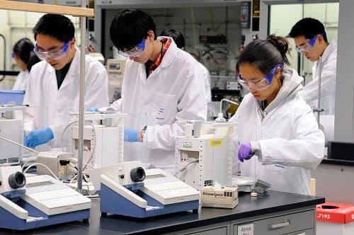 Các biện pháp kiểm soát cách ly kỹ thuật khỏi hóa chất độc hại