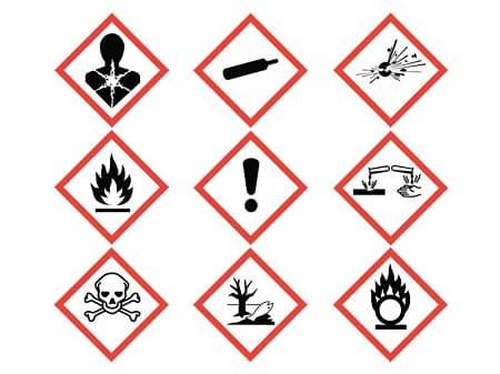 Cách chọn biển báo chính xác cho tủ đựng hóa chất