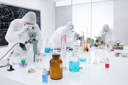 Điều gì cần tìm ở một đối tác sản xuất tủ đựng hóa chất